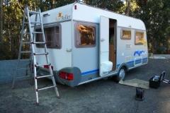 Mantenimiento y pulido de caravanas