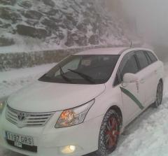 El nuevo Avensis va de escandalo incluso con  las peores condiciones climatologi(Sierra Nevada 2010)
