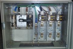 Interruptor con fusibles y trafos. de intensidad.