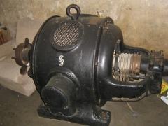 Motor siemens de anillos rozantes muy antiguo.