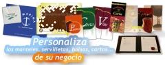 Personalizamos las cartas, servilletas y manteles de tu restaurante o bar