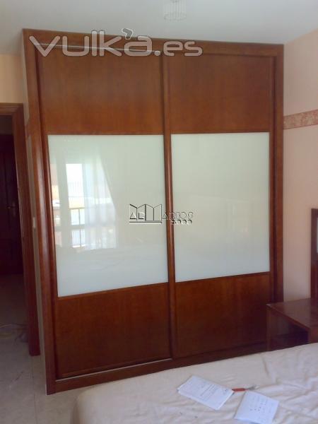Foto armarios 2000 armarios de puertas correderas a - Armarios empotrados en valladolid ...