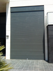 Persiana de aluminio color grafito moteado