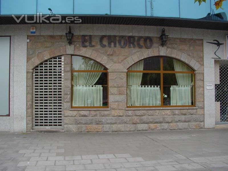 Foto fachada piedra natural caliza canteras leonesas leon - Piedra caliza fachada ...