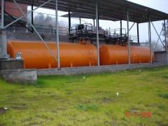 Depositos metalicos gasolineras y gasocentros, con surtidores, empresas, chalets particulares.
