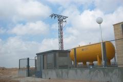 Linea de alta tension y c.t. para instalacion bombeo.