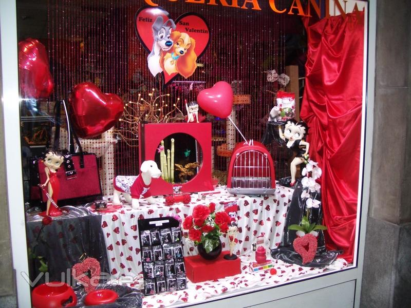 Foto escaparate san valentin - Articulos para decoracion escaparates ...