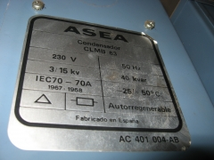 Placa de caracteristicas de condensador asea 40 kvar. a 230 v.