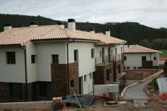 Barcenilla de piélagos. fachadas este. construction management.2010