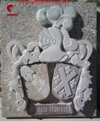 Escudo piedra caliza. canteras leonesas (leon)