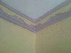 Colocamos molduras, plafones, y falsos techos de pladur