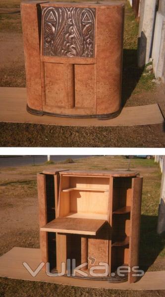 Foto radio antigua convertida en un mueble bar enchapado for Mueble bar exterior