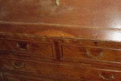 Cajonera escritorio en chapa de nogal y moldura superpuesta sin restaurar