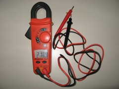 Polimetro meterman ac75.