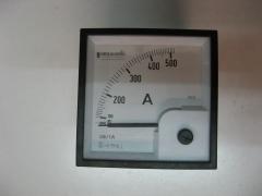 Amperimetro merlin gerin 400/5 a.