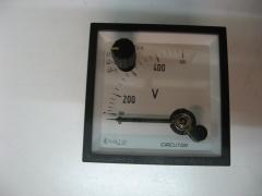 Voltimetro con conmutador circutor 400 v. escala prolongada.