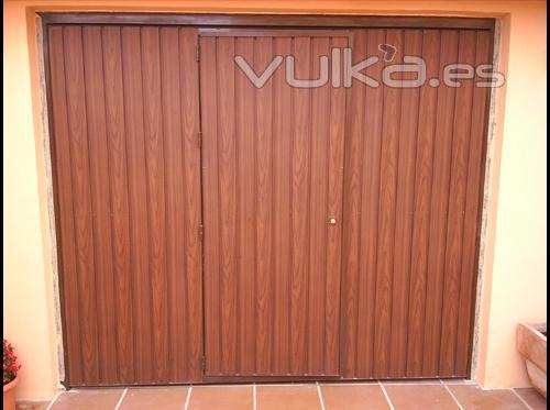 Foto garaje basculantes puerta basculante de muelles - Muelles de puertas ...