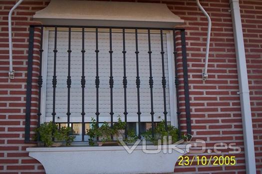 Pin modelos de rejas para ventanas en hierro forjado com - Rejas hierro forjado ...