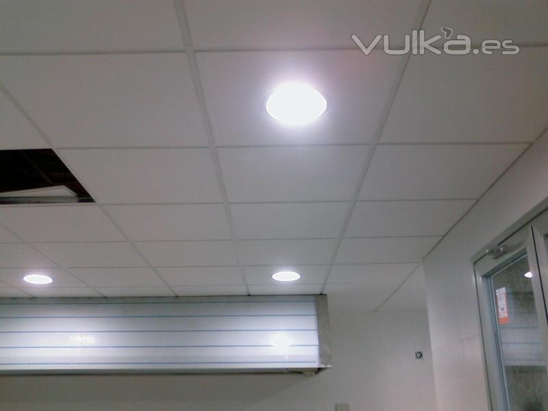 Foto falso techo registrable cocina for Techos para cocinas