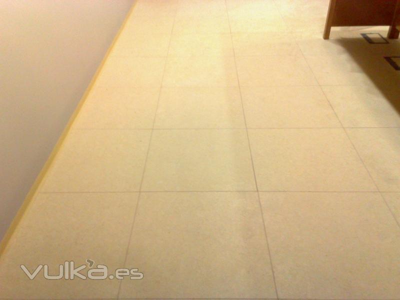 Foto suelo tecnico elevado madera - Suelo tecnico madera ...