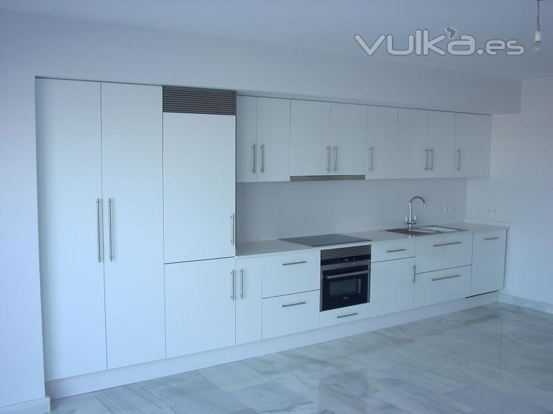 Foto cocina de formica blanca - Muebles de cocina de formica ...