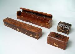 Porta inciensos madera  con detalles en bronce en 2 tama�os