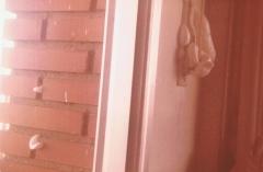 Aislamiento espuma inyectada. sellado de cajetin de persiana y entre ladrillos, al inyectar.