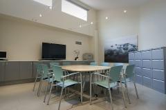 Sala de estudio de casos y reuniones