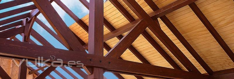 Foto tejados de madera en obra for Tejados de madera vista