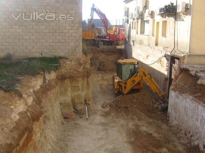Foto sotanos for Construccion de piscinas en guatemala