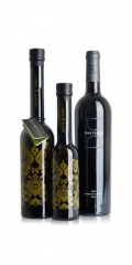 Pack regalo de vino y aceite gourmet con dise�o exclusivo