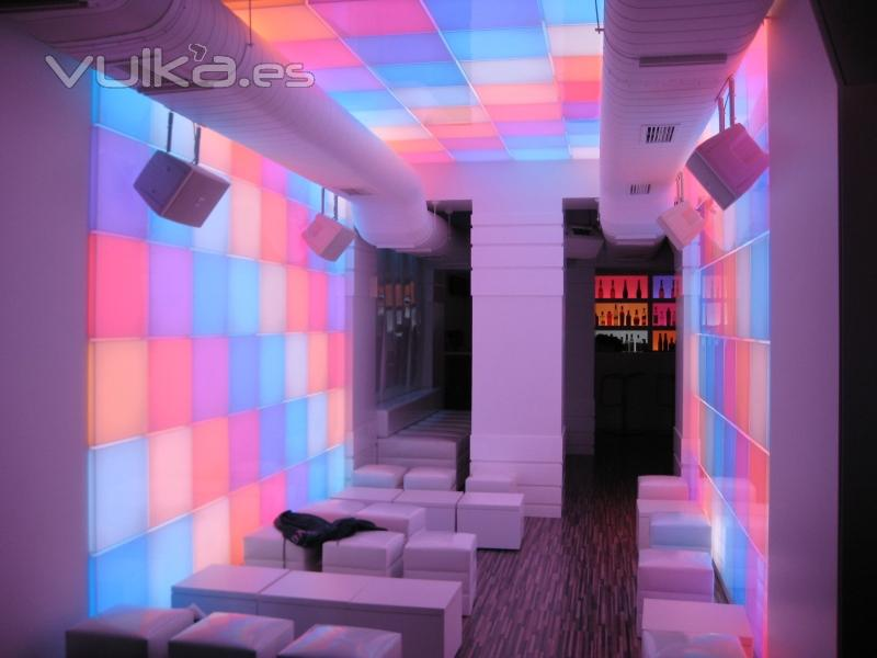 Foto decoracion con led rgb - Decoracion led hogar ...