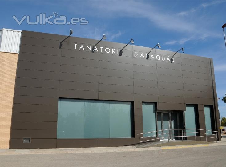 Foto fachada tanatorio alaqu s - Imagenes de fachadas de empresas ...