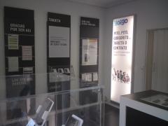 Otra vista de la sala de ventas.