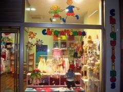 Fachada tienda chiquitines
