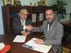 Firma protocolo presidente de atra con nuestro  director de tempu