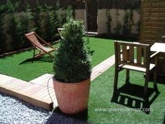 Viveros bonsai s. a los profesionales del c�sped. venta e instalaci�n de c�sped artificial y c�sped en tepes.  ...
