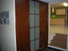 + armario madera exposici�n...1.600 eur