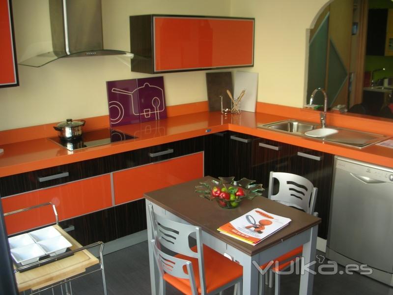 Foto exposici n cocinas lider for Muebles de cocina lider