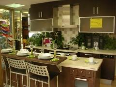 Exposici�n de cocinas venezia, tablero marino de calidad.