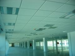 Edificio de oficinas alei-center