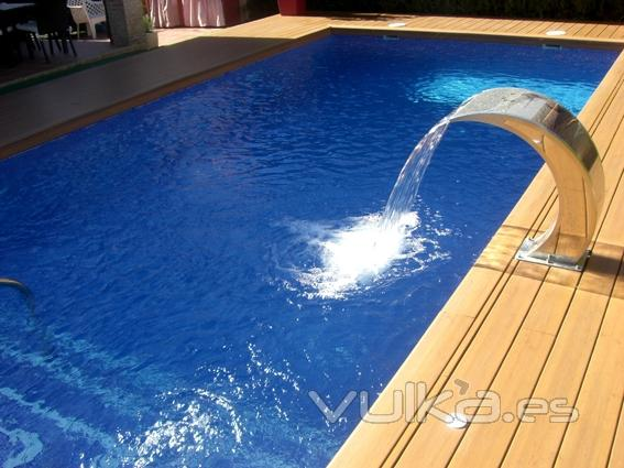 Foto piscina cn cascada en acero inoxidable - Piscinas de acero inoxidable ...