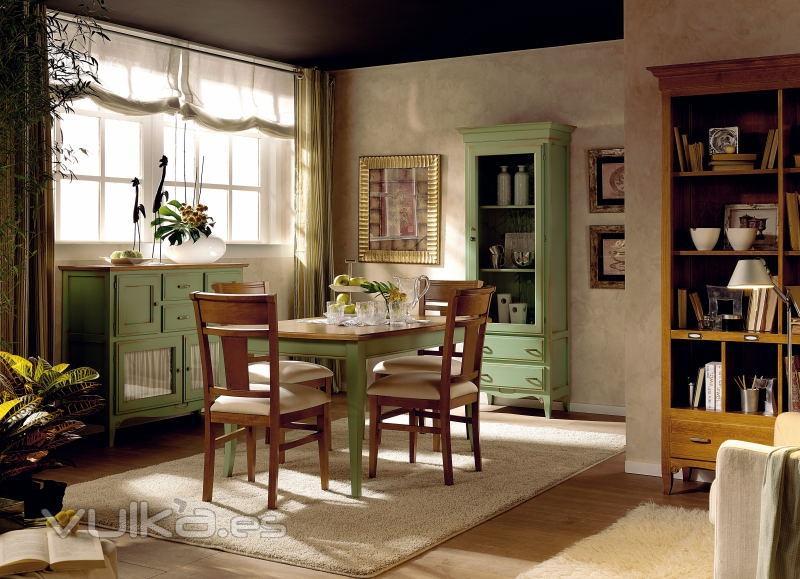 Foto comedor fontana verde anticuario y tabaco for Muebles de anticuario