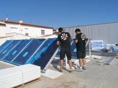 Instalando placas solares para a.c.s.