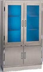 Vitrina armario germicida. fabricada totalmente en acero inoxidable. parte superior con puerta hermeticas. luz ...