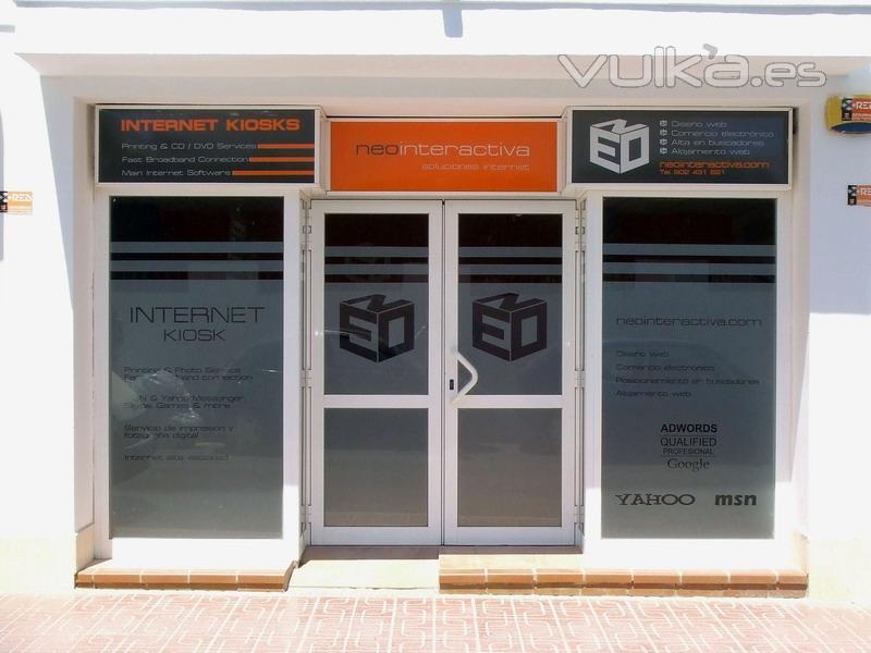 Foto fachada oficina for Fachadas para oficinas