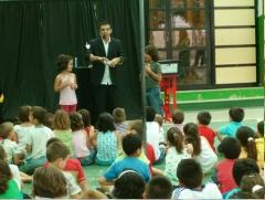 Mago de almeria , actuacion en colegio , magia infantil.