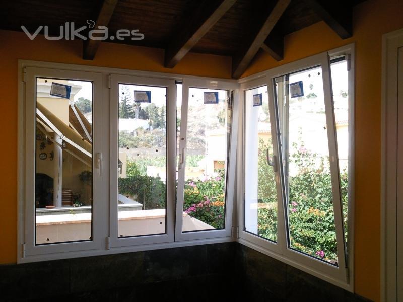 Foto ventanas oscilobatientes con doble acristalamiento - Ventanas oscilobatientes aluminio precios ...