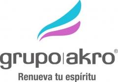 En griego, AKRO significa el punto más alto. Nuestro logotipo recoge nuestro espíritu, el de la permanente ...