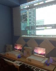 Sala de producción y nformática musical